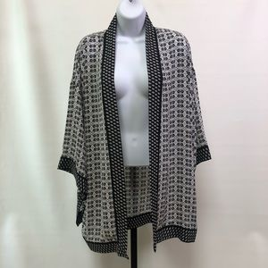 Max Studio Black and White Polyester Kimono Jacket